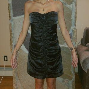 Satin black ruched dress. Nwt.